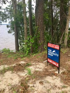 1 Lake Shore Dr Lake Waccamaw NC